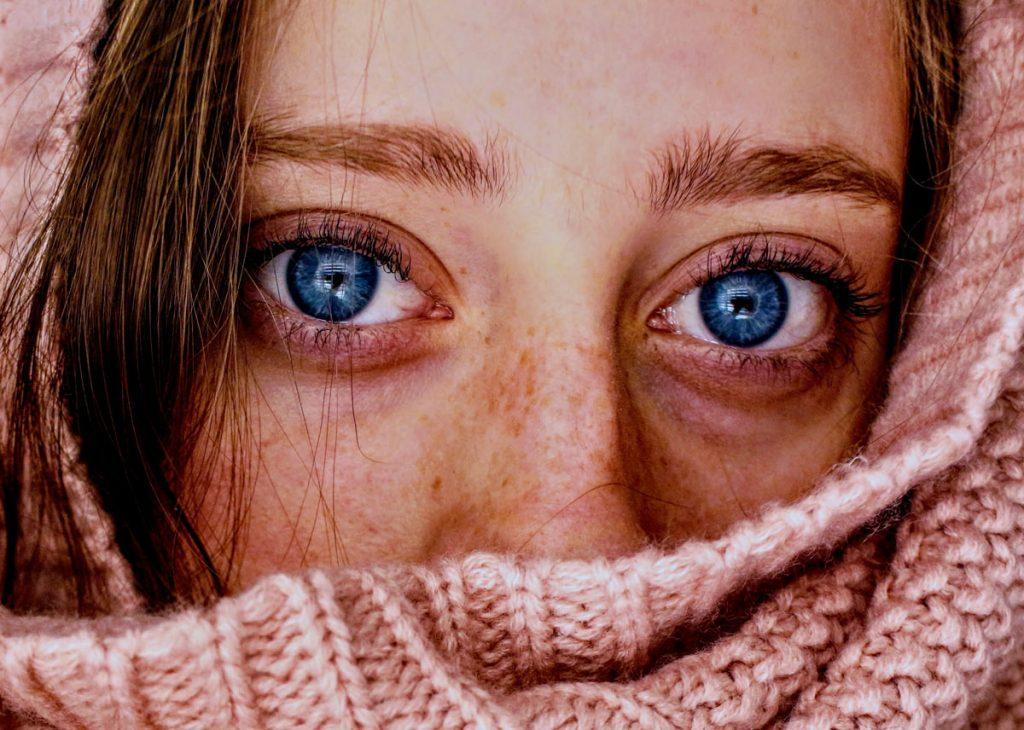 Augenringe & Tränensäcke - ätherische Öle helfen